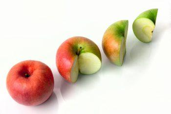 سیب های بریده شده