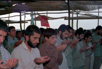 نماز جماعت در جبهه