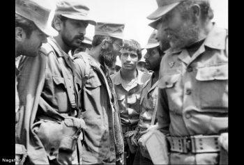 مقام معظم رهبری در جبهه