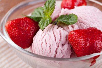 بستنی میوه ای