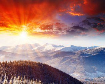غروب در کوهستان