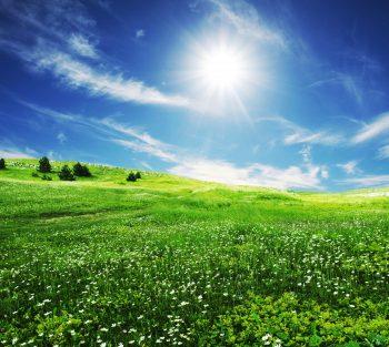 آسمان آفتابی و صاف
