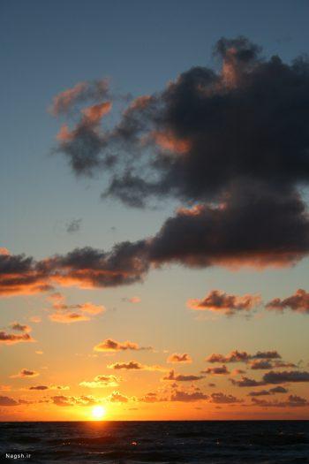 آسمان غروب گرفته
