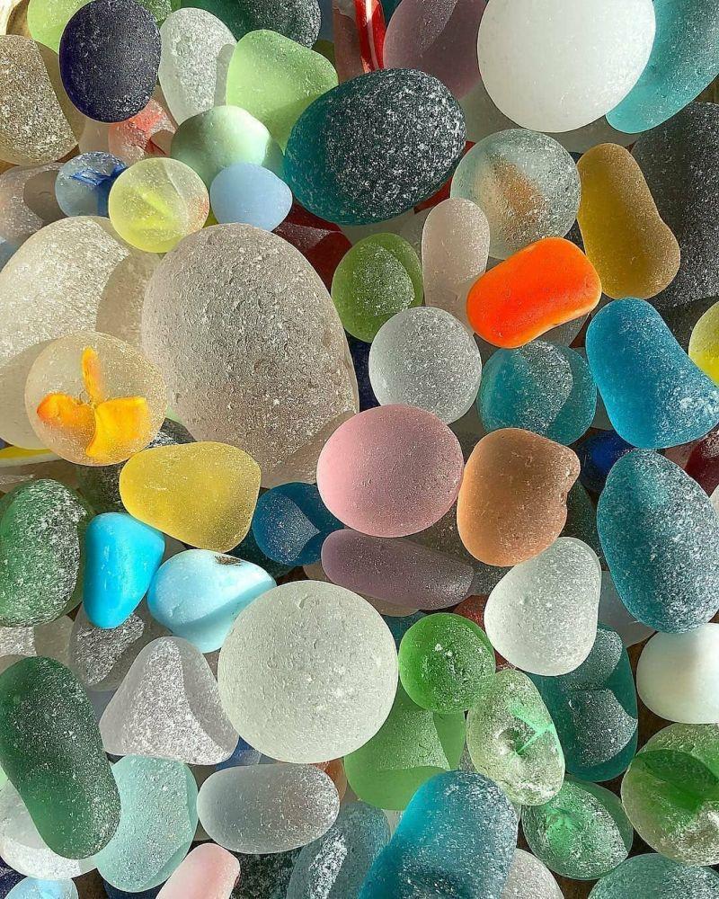 سنگ های زیبا و تزئینی