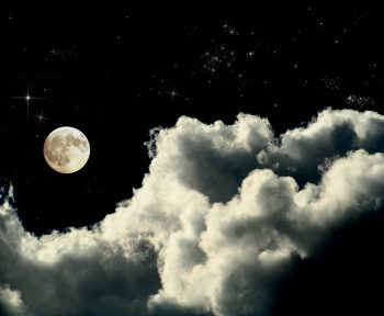 آسمان مهتابی